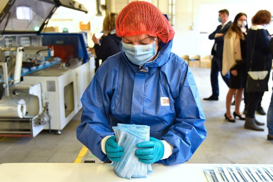 Rok poté: NANO z Liberce zůstává v první linii boje proti pandemii