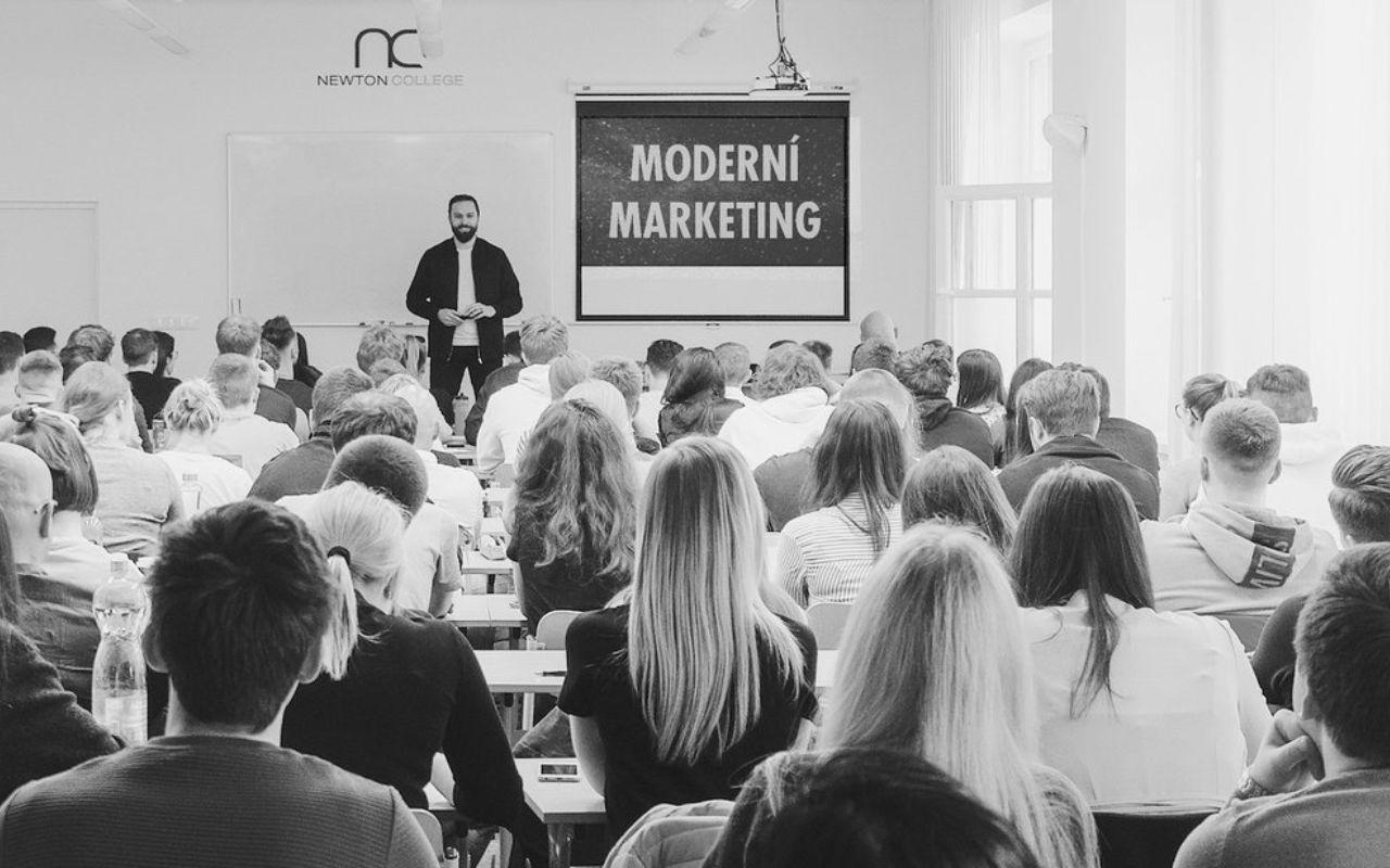 Moderní marketing by Czechitas