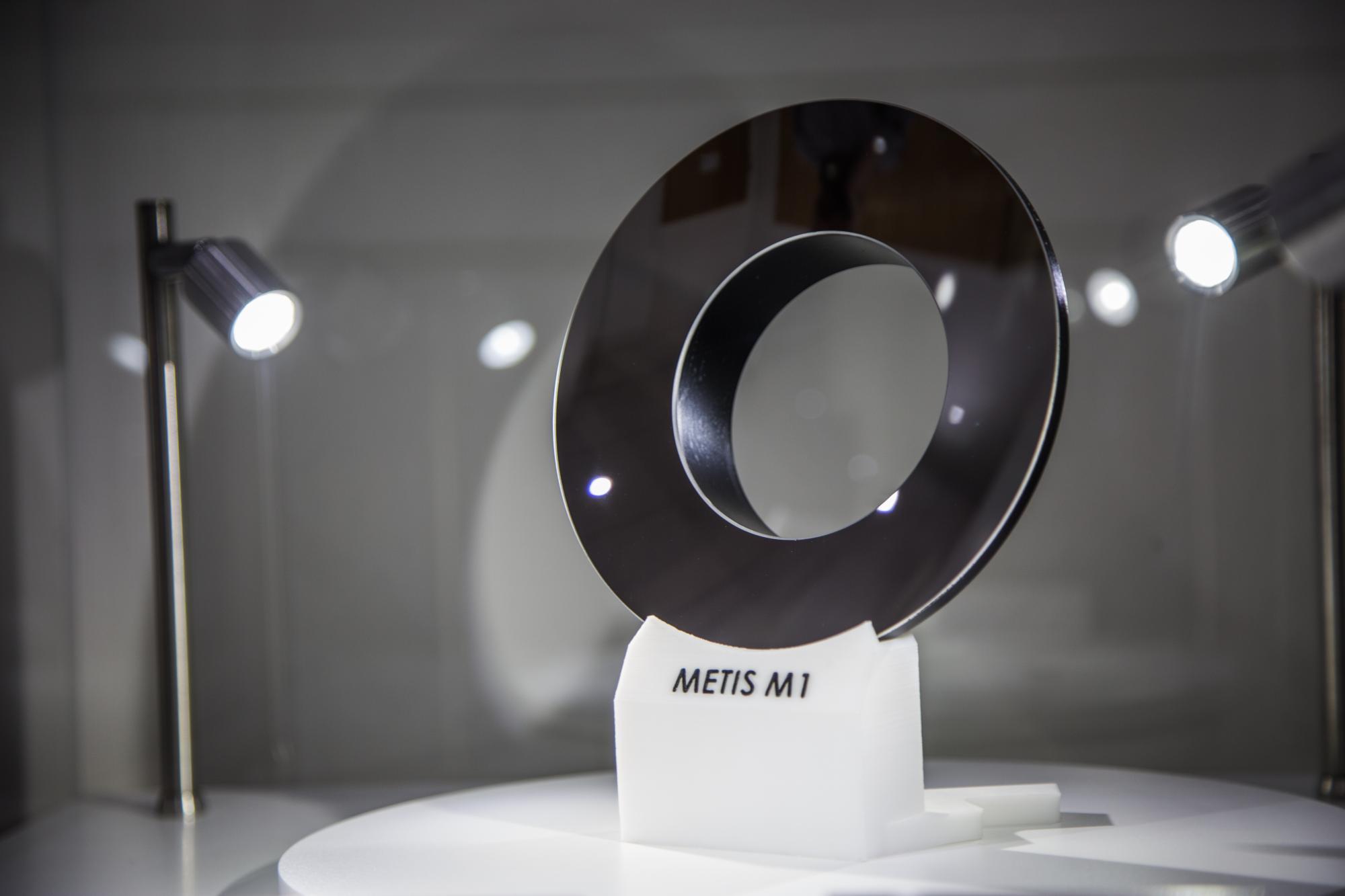 Soustava zrcadel pro sondu Solar Orbiter